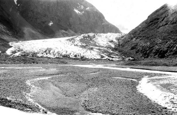 Alaska-Eklutna-Glacier-Capps-1915.jpg